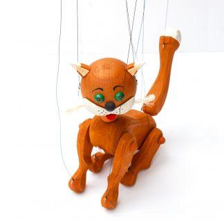 Handgemachte Marionette aus Holz und Filz - niedliche rot braune Katze sitzend